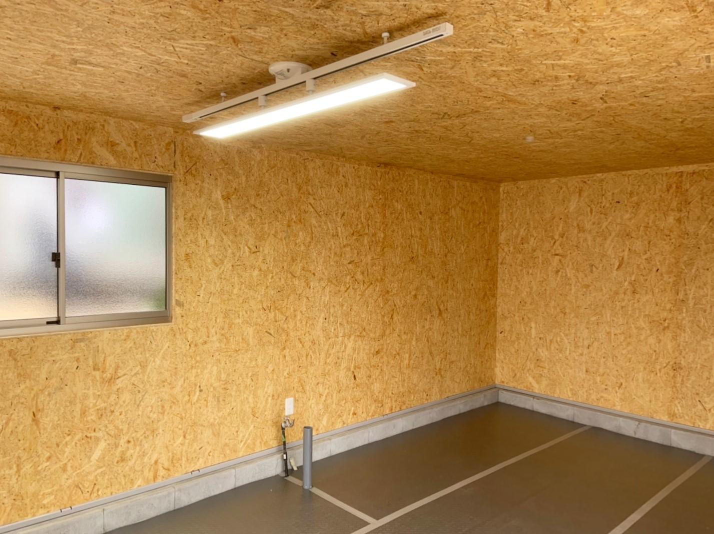 千葉県浦安市A様邸 ガレージの内装工事