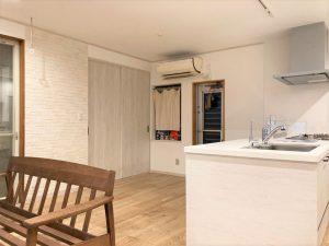 キッチンと内装のリフォーム (3)