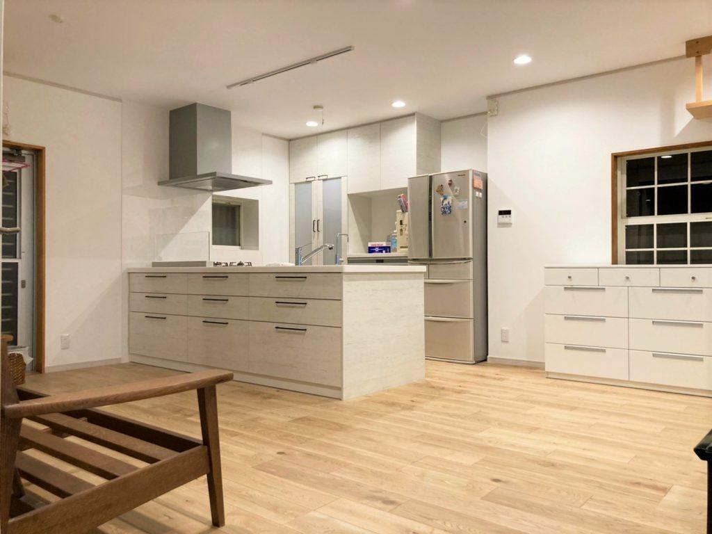 キッチンと内装のリフォーム (1)