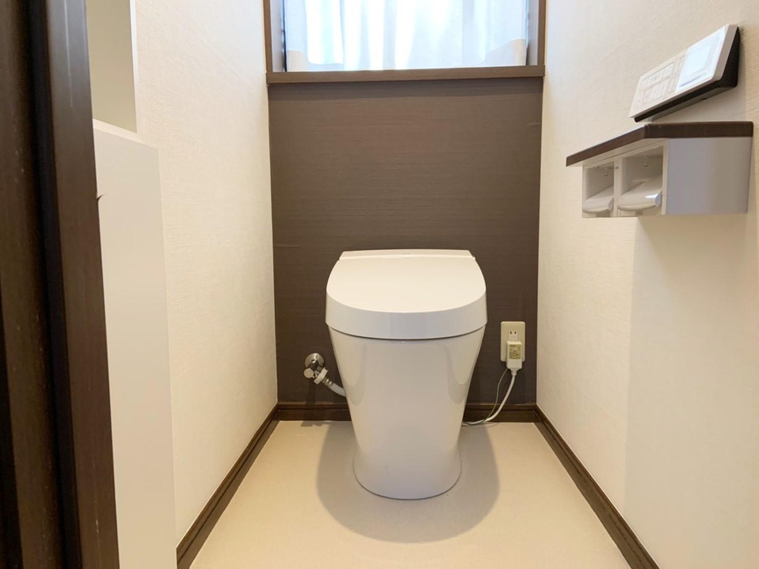 リフォーム工事後のタンクレストイレ